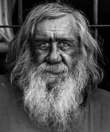 Free Homeless And Forgotten Old Man In Argentina Stock Images - 84955254