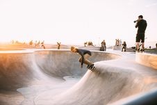 Free Skateboarders In Skate Park Royalty Free Stock Image - 84955686