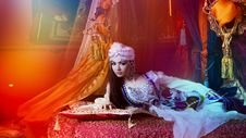 Free Arabic Woman In Traditional Costume Stock Photography - 84957402