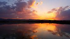 Free Sunset On Lake Stock Photography - 84957932