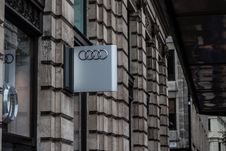 Free Audi Sign On Wall Royalty Free Stock Photo - 84958295