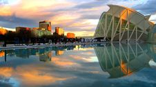 Free Reflection Of City In Water Stock Images - 84959364