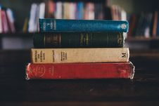 Free Pile Of Books Stock Photos - 84962713