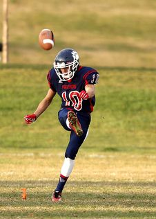 Free Football Player At Gaming Field Stock Photography - 84963982
