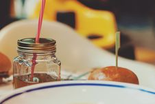 Free Bun And Drink In A Jar Stock Photography - 84966772