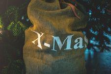 Free Gift Bag Stock Photo - 84969210