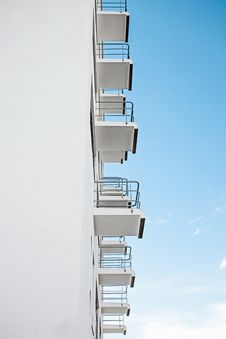 Free White Vents Under Clear Sky During Daytime Stock Photography - 84991672