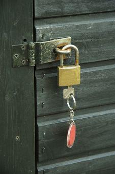 Free Padlock With Key 02 Royalty Free Stock Image - 855166
