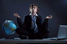 Free Businessman Relaxing Royalty Free Stock Photos - 8500088