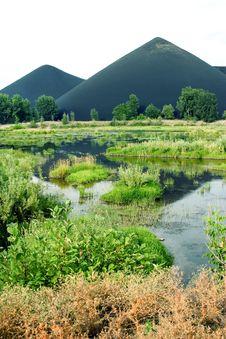 Free Black Mountains Stock Photos - 8506413
