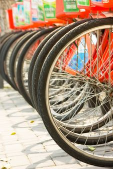 Free A Row Of Bicycles Royalty Free Stock Image - 8508836