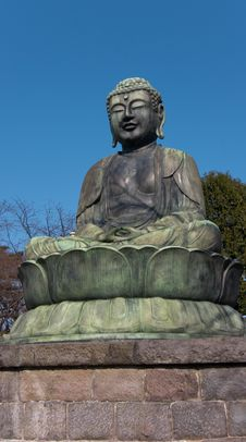 Free Sitting Buddha Statue Stock Photos - 8510003