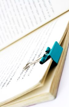 Free Book With Paper Clip Royalty Free Stock Photos - 8510348