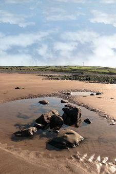 Free Beale Coastal Turbines Royalty Free Stock Images - 8511999