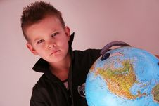 Free Boy With Globe Royalty Free Stock Image - 8512286