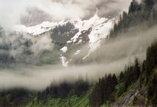 Free Mountains In Alaska Royalty Free Stock Photography - 85120067
