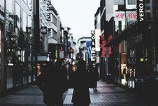 Free Walking Couple During Daytime Royalty Free Stock Image - 85126766
