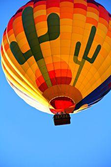Free Orange Blue Yellow And Green Hot Air Balloon Royalty Free Stock Photo - 85127065