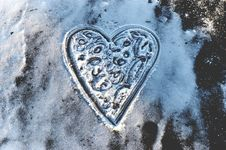 Free Heart On Ice Stock Photo - 85128210