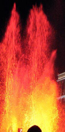 Free Flame Fountain Royalty Free Stock Photo - 85129025