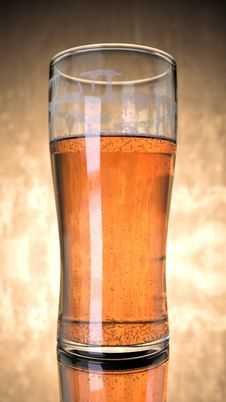 Free Pint Of Beer Royalty Free Stock Photos - 85132318