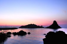 Free Islands Of The Cyclops At Dawn Sicily Italy - Creative Commons By Gnuckx Royalty Free Stock Images - 85133959