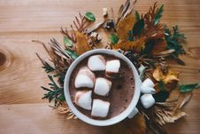 Free Marshmallows In Coffee Cup Stock Photography - 85136062