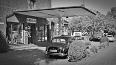 Free Old Fashioned Gas Station Stock Image - 85137301