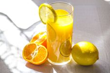Free Lemon And Orange Drink Royalty Free Stock Images - 85159199