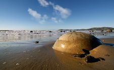Free Moeraki Boulders NZ Stock Photos - 85161413