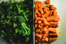 Free Broccoli And Carrots Stock Photo - 85182280