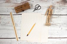Free Paper And Pencil With School Supplies Royalty Free Stock Photos - 85185498