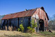 Free Old Barn With Rusty Roof Stock Image - 8520931