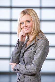 Free Business Woman Thinking Royalty Free Stock Photo - 8525915