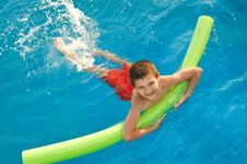 Free Boy In The Pool Royalty Free Stock Images - 8526489