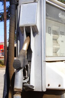 Free Petrol Pump Royalty Free Stock Photo - 8529125