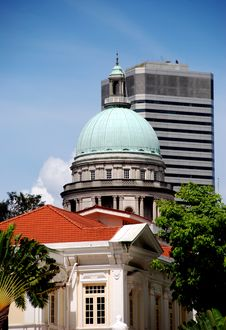 Free Singapore:  Arts House And Supreme Court Dome Stock Image - 8531051