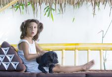 Free Girl With Puppy Stock Photography - 8531142