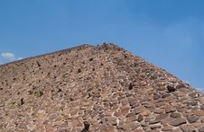 Free Pyramid Of The Sun Royalty Free Stock Images - 8532829