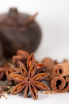 Spices & Wooden Jars Royalty Free Stock Images
