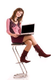 Free Smiling Young Woman Working On Laptop Royalty Free Stock Photography - 8537077