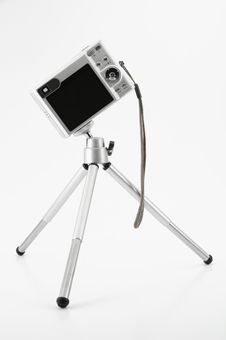 Free Camera On Tripod Stock Photography - 8537112