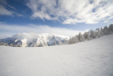 Free Ski Slope In Italian Dolomites Royalty Free Stock Images - 8540819