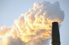 Free Industrial Smoke Stack Stock Photo - 8544680