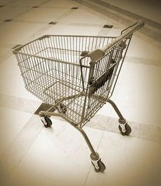 Free Shopping Cart Royalty Free Stock Images - 8544849