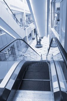 Free Shopper And Escalator Stock Photo - 8544930