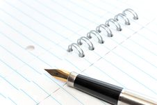 Free A Gold-nibbed Pen On A Notepad Royalty Free Stock Photos - 8545208