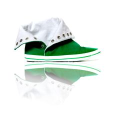 Free Green Sneakers Stock Image - 8546641