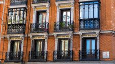Free Windows Of Building Royalty Free Stock Photography - 85404847