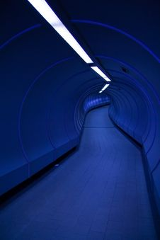 Free Blue Tunnel Royalty Free Stock Images - 8552649